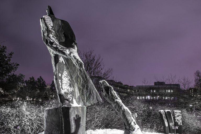 (C, S och MP): Namnge stadshusparken till Raoul Wallenbergparken