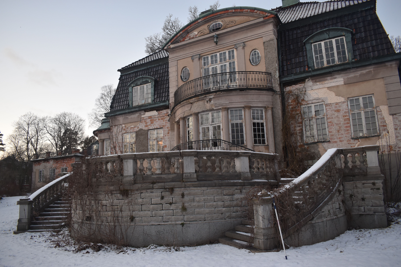 Fastighetsägaren för Slottet på Storholmen kan inte ensam ansvara för bevarandet av Lidingös kulturhistoria