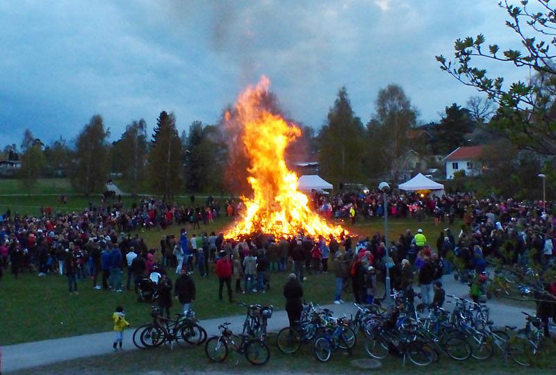 Här brinner det i Valborg!