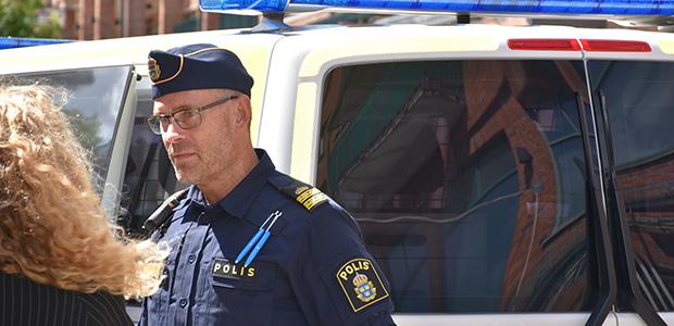 Träffa polisen i Lidingö centrum
