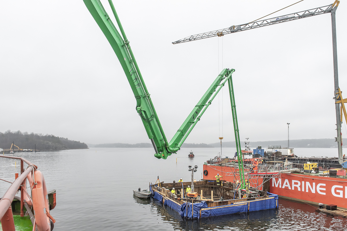 52,5 meter långa pålar och 270 kubikmeter betong