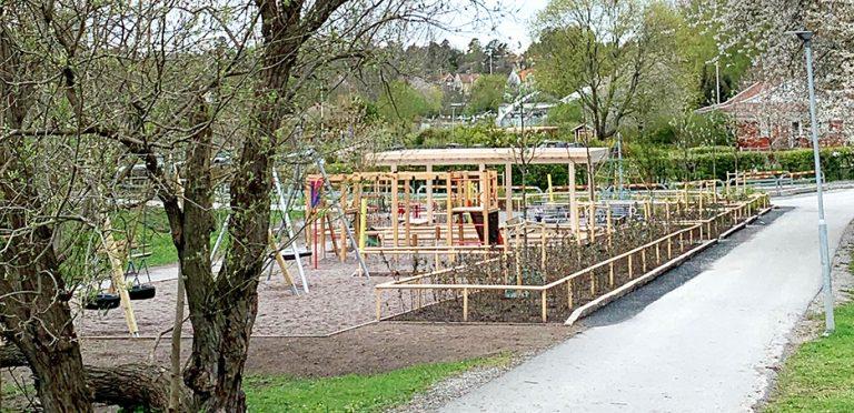 Fritt fram för lek på upprustade lekplatser