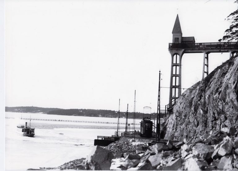 Stationshus på Lidingöbanan: Torsvik och Herserud