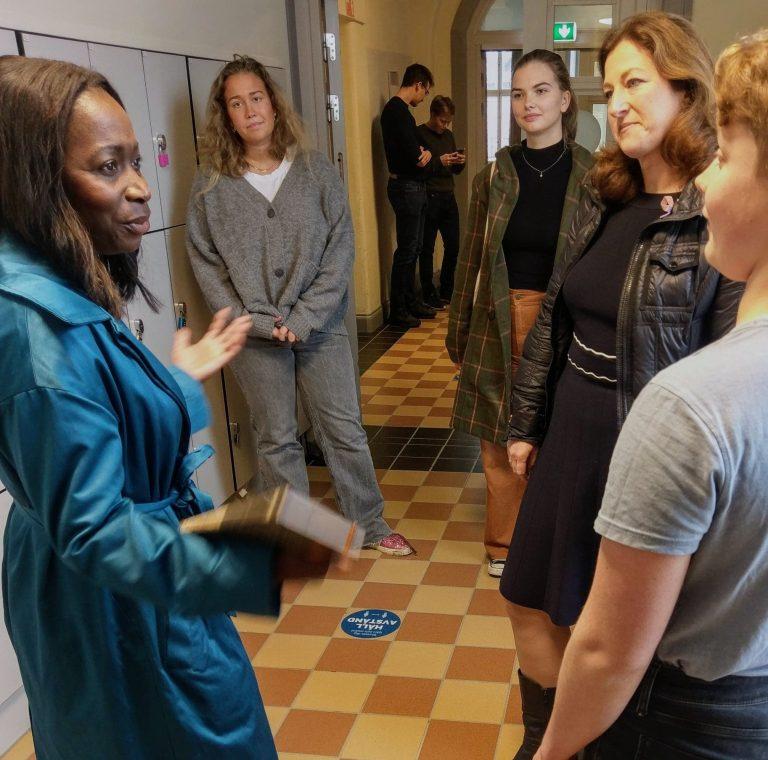 Nyamko Sabuni besökte Hersby gymnasium