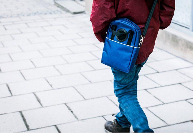 MedsBag delar ut pratande väskor till förskola på Lidingö