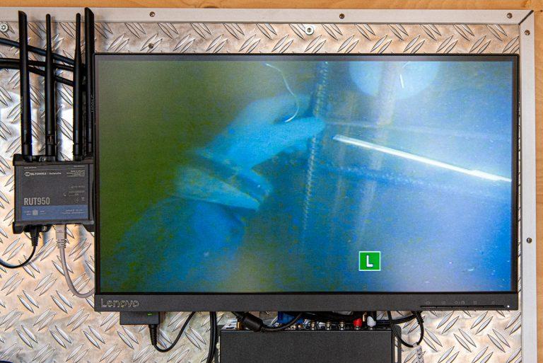 7,6 ton armeringsjärn monteras under vatten